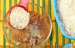 Cách làm mặt nạ điều trị mụn trứng cá từ đất sét và bột yến mạch