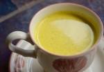Trước khi ngủ làm một ly, da xấu xí cỡ nào cũng trở nên trắng bóc