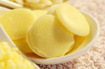 Cách làm kem dưỡng trắng da mặt tại nhà đánh bật làn da đen sạm, trắng bật lên 3 tone
